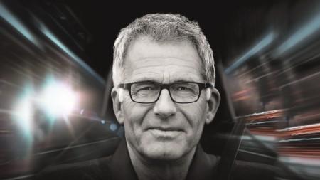 Mit den neuen ZEISS DriveSafe Brillengläsern wird das Autofahren sicherer und entspannter